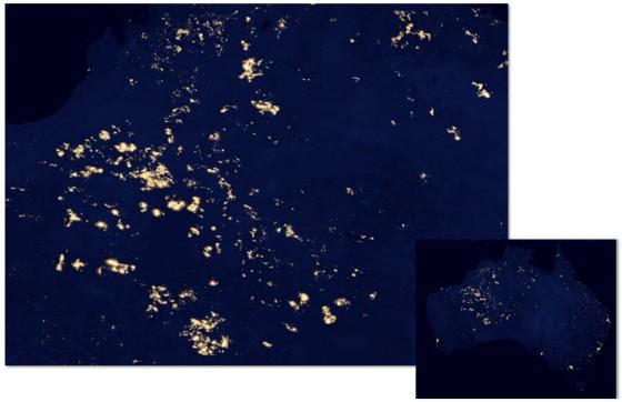 Wilayah Australia Yang Diduga Mengalami Kebakaran Hutan Yang Dilihat Dari Black Marble (Inset : Negara Australia Secara Kesuluruhan Dilihat Dari Black Marble)