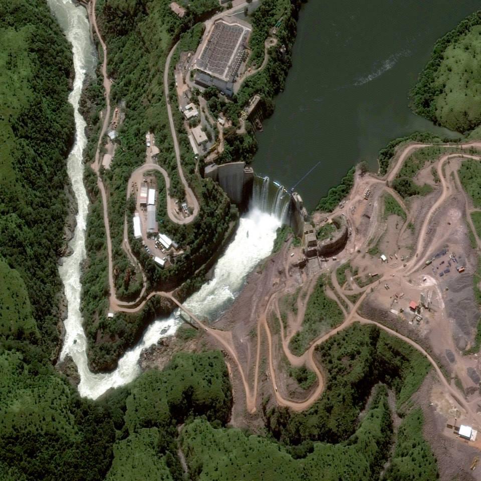 Gambar 2. Citra Satelit Dam Cambambe di Sungai Cuanza – Angola Tanggal Perekaman 28 April 2013