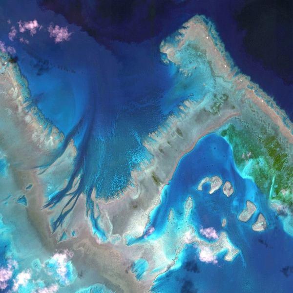 Gambar 5. Citra Satelit Great Barrier Reef di Australia Tanggal Perekaman 22 April 2013
