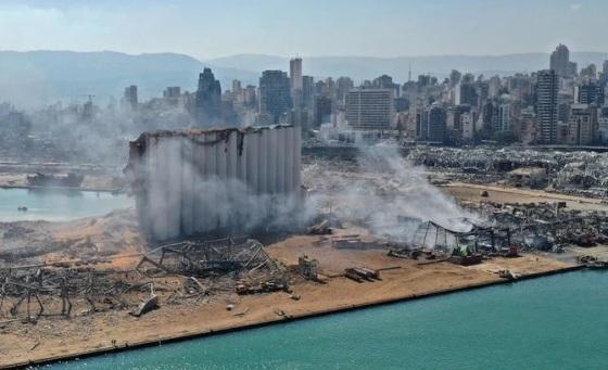 Berbagai Bangunan Hancur Lebur Akibat Ledakan Dahsyat yang Terjadi di Beirut, Lebanon